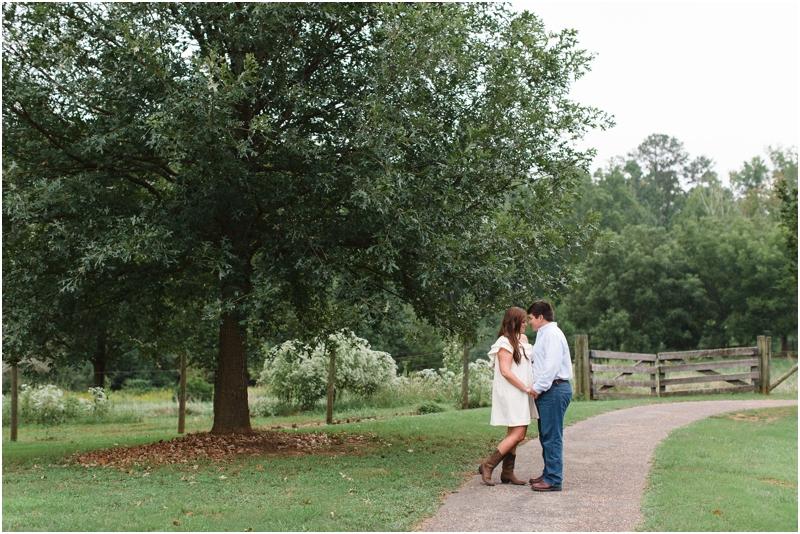 McDaniel_Farm_Park_Engagement_Southern_Atlanta_Wedding_Photo_Photographer_Anna_K_Photography_024