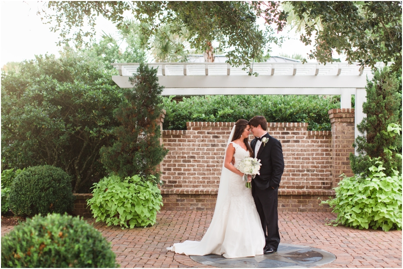 Southern_Wedding_Photographer_St_Simons_Island_Lighthouse_Heritage_Center_pier_area_photo_Anna_K_Photography_052
