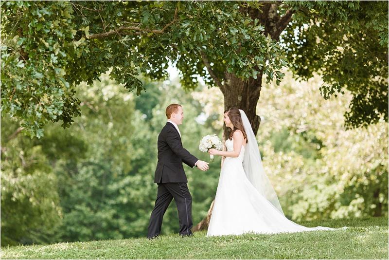 Anna_K_Photography_ANNA_SHACKLEFORD_Monteluce_Winery_Summer_Wedding__0008