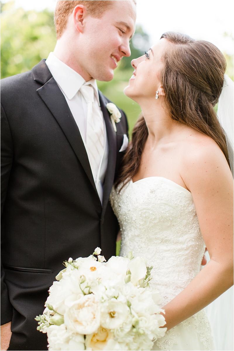 Anna_K_Photography_ANNA_SHACKLEFORD_Monteluce_Winery_Summer_Wedding__0046