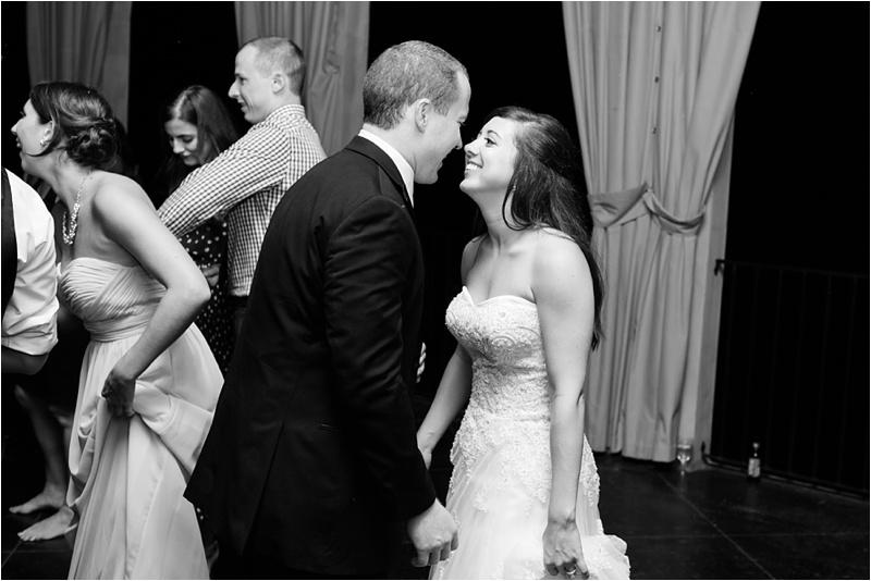 Anna_K_Photography_ANNA_SHACKLEFORD_Monteluce_Winery_Summer_Wedding__0055