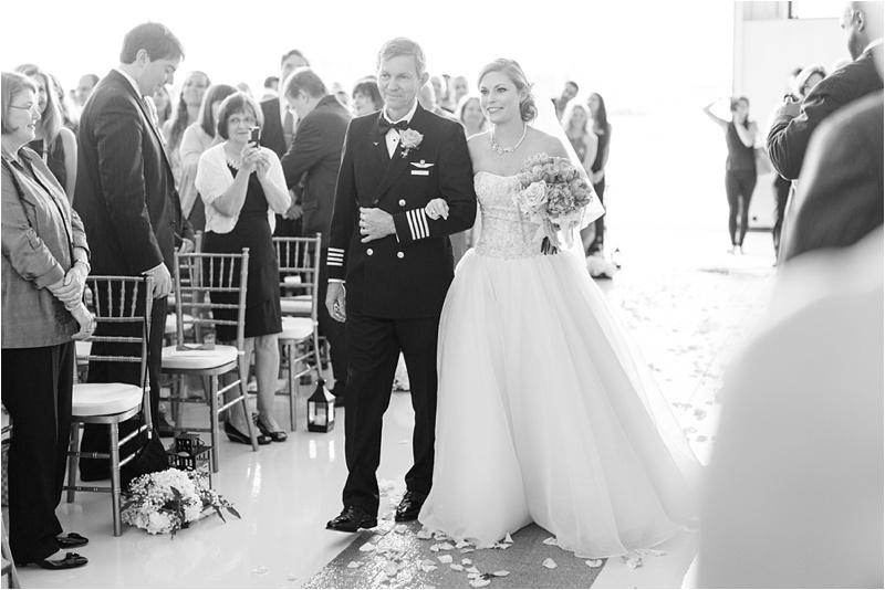 Anna_K_Photography_lilly_pulitzer_airplane_hangar_wedding_Wedding_Photographer_Athens_Atlanta_0031