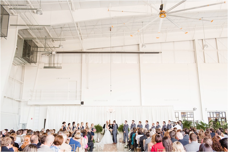 Anna_K_Photography_lilly_pulitzer_airplane_hangar_wedding_Wedding_Photographer_Athens_Atlanta_0034