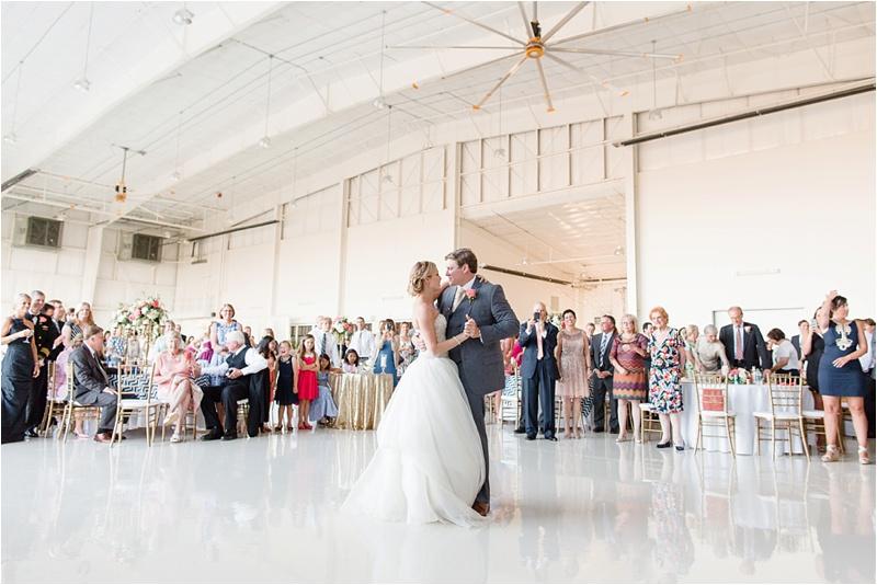 Anna_K_Photography_lilly_pulitzer_airplane_hangar_wedding_Wedding_Photographer_Athens_Atlanta_0047