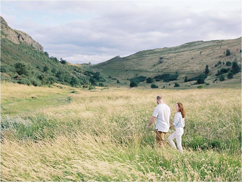 Anna_K_Photography_Anna_Shackleford_Arthurs_Seat_Scotland_Anniversary_Session_Fine_Art_Film_Photographer_0011