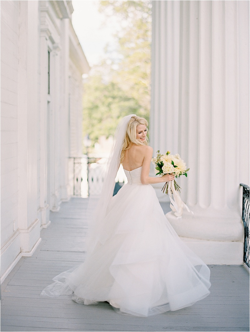 Taylor grady house athens wedding photographer atlanta for Wedding dresses in athens ga
