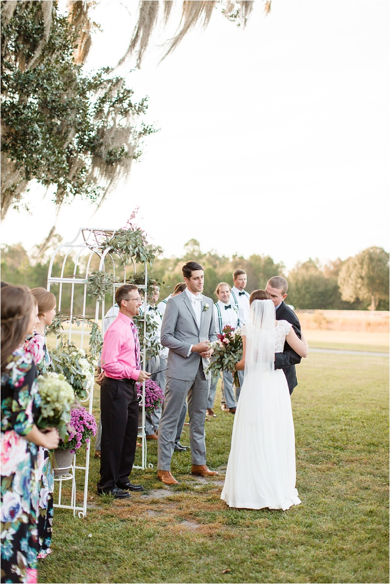 Anna_K_Photography_Anna_Shackleford_Southern_Wedding_Hahira_Private_Farm__0034