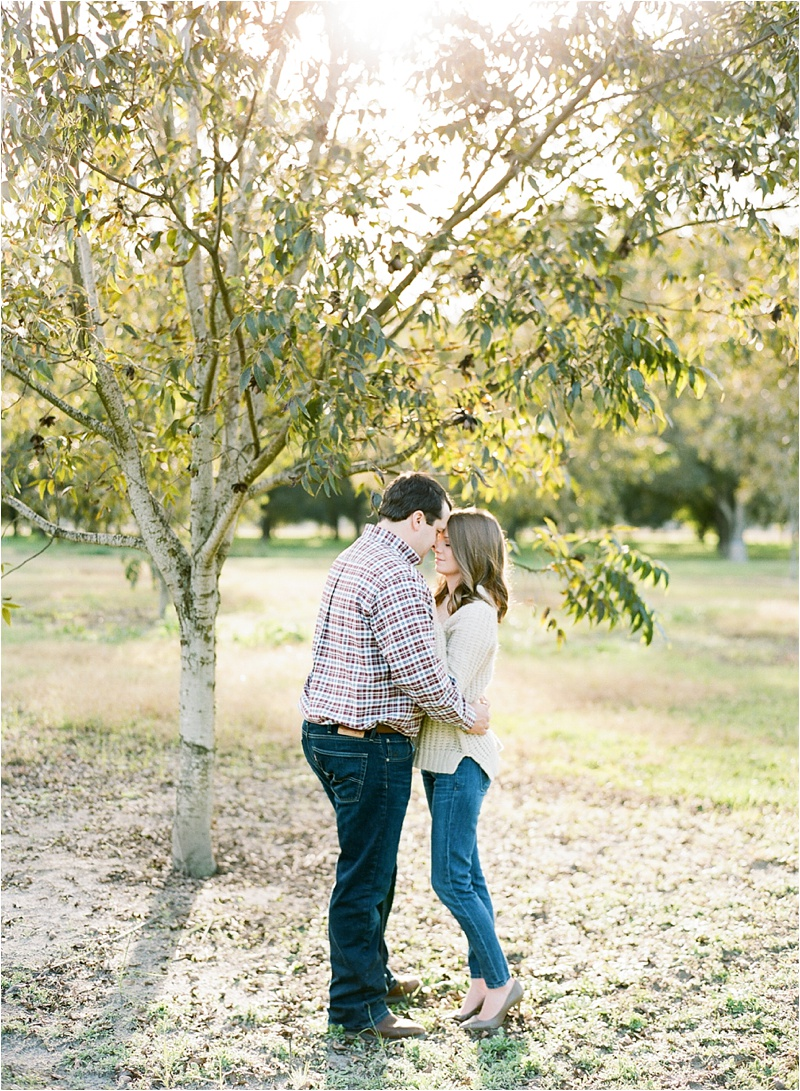 Anna_Shackleford_Fine_Art_Film_Photographer_Georgia_Based_Southern_Pecan_Engagement_Oak_trees_0003