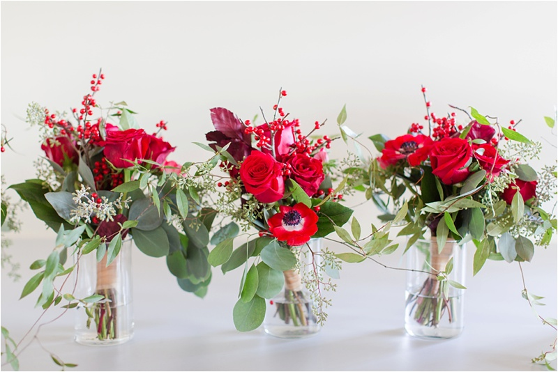Anna_Shackleford_Summerour_Studio_Atlanta_Georgia_Wedding_Photographer_Venue_Christmas_Elegant_Holiday_Red_Bouquets_Bloomin_0003