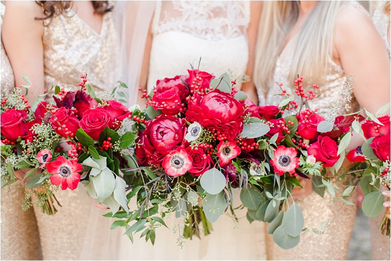 Anna_Shackleford_Summerour_Studio_Atlanta_Georgia_Wedding_Photographer_Venue_Christmas_Elegant_Holiday_Red_Bouquets_Bloomin_0010