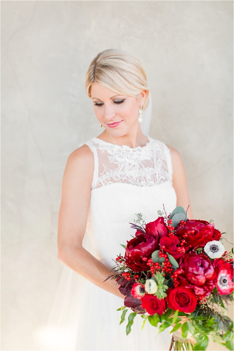 Anna_Shackleford_Summerour_Studio_Atlanta_Georgia_Wedding_Photographer_Venue_Christmas_Elegant_Holiday_Red_Bouquets_Bloomin_0015