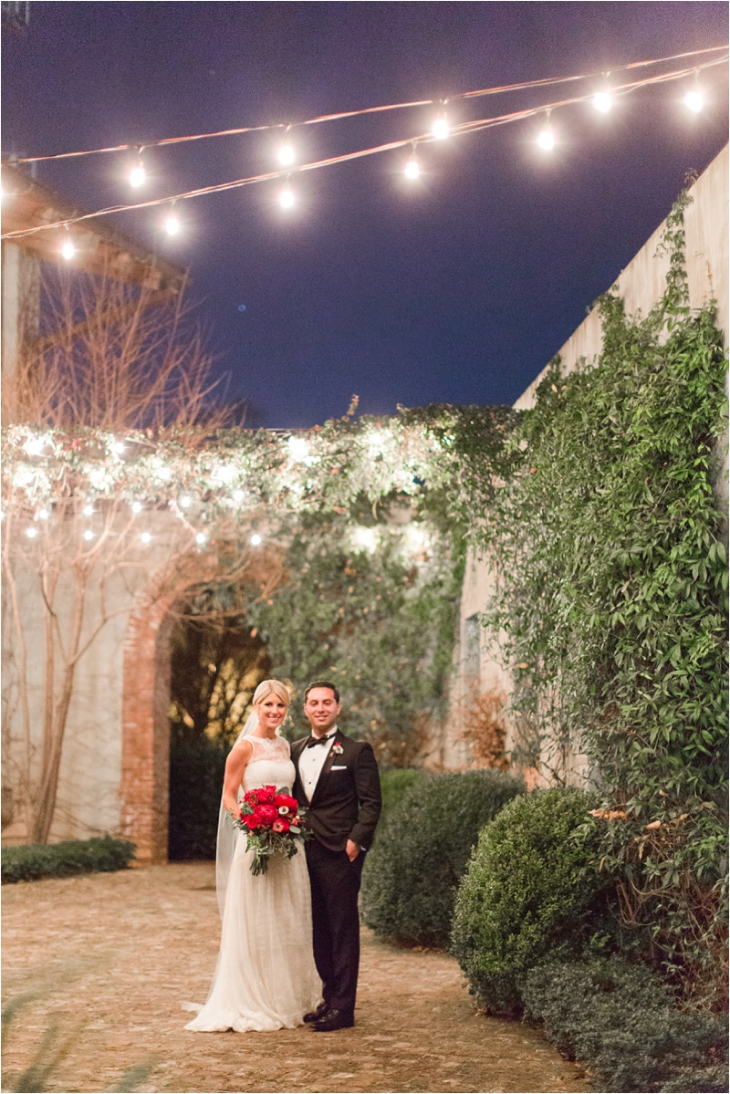 Anna_Shackleford_Summerour_Studio_Atlanta_Georgia_Wedding_Photographer_Venue_Christmas_Elegant_Holiday_Red_Bouquets_Bloomin_0036