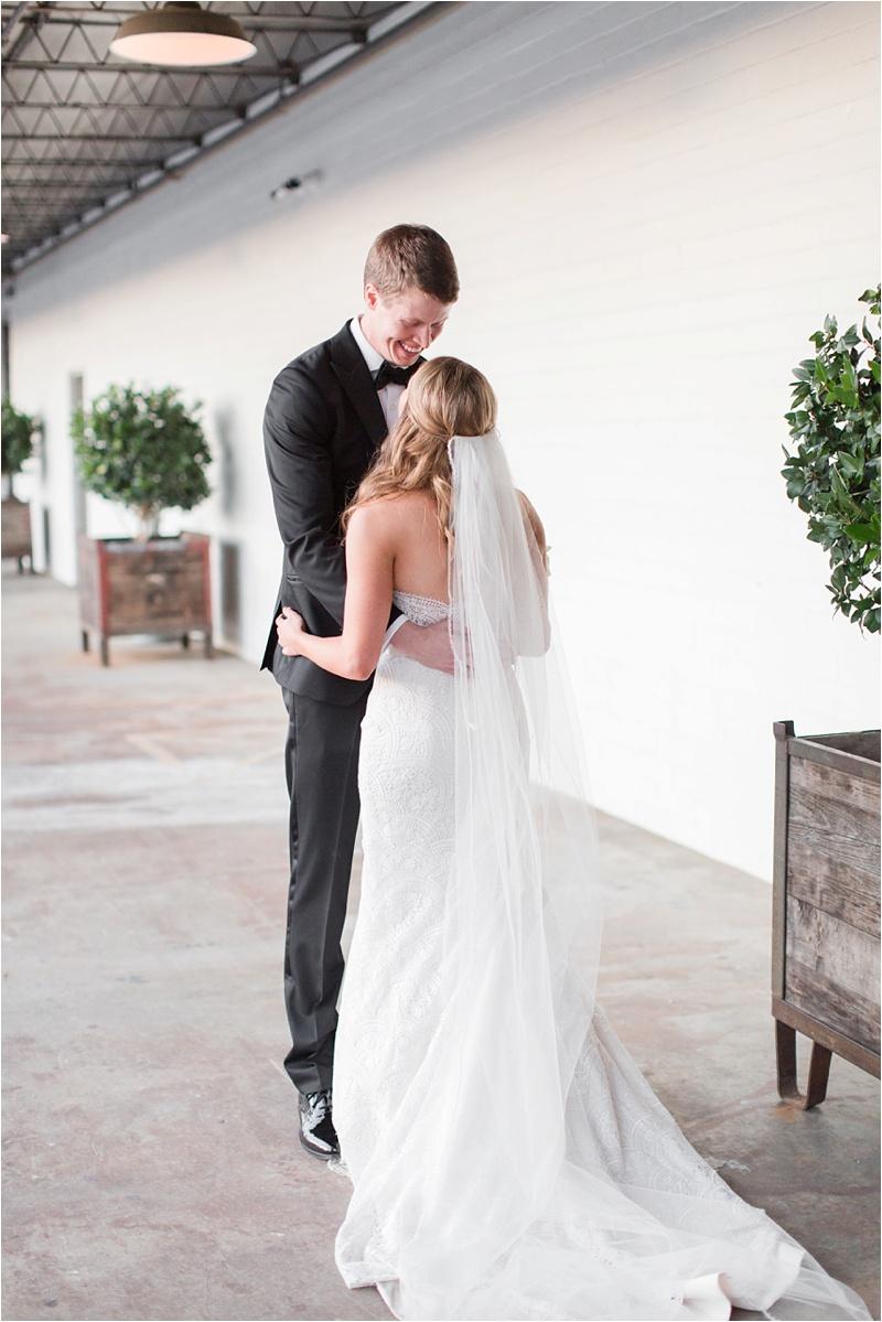 Anna_K_Photography_The_Stave_Room_American_Spirit_Works_Atlanta_Wedding_Photography_0037