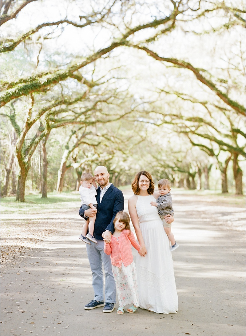 Anna_Shackleford_Fine_Art_Family_photography_Savannah_Wormsloe_Plantation_Oak_Trees_Avenue_0011